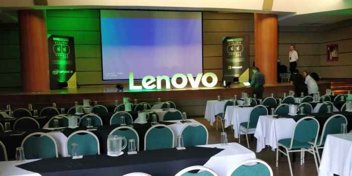 Project-based learning at Lenovo Summit in Colombia